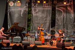 fabio giachino trio - fara music festival - fara sabina 31/7/2012