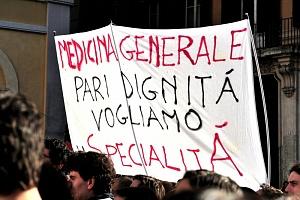 manifestazione medici piazza montecitorio 12/12/2013