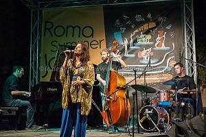 "elisabetta antonini ""urban scraps"" roma summer jazz fest 2014 il cortile via margutta 29/8/2014"