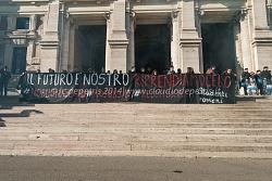 Manifestazione collettivi studenteschi 12/12/2014