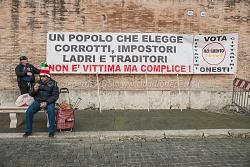 Movimento 5 Stelle, serata dell'onestà, piazza del popolo 24/1/2014