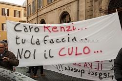 presidio lavoratori indotto ilva di Taranto davanti Montecitorio 13/2/2014