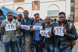 Manifestazione associazioni migranti, sindacali e ong, piazza montecitorio, 21/4/2015