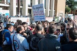 Studenti protestano contro Maker Faire 2015, a La Sapienza 16/10/2015