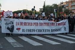 """No allo sgombero del """"Corto circuito"""" 23/10/2015"""