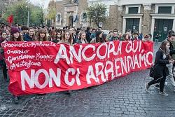 Manifestazione studenti medi nella giornata internazionale per il diritto all'educazione, 17/11/2015