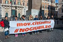 No Giubileo, piazza di Montecitorio 22/11/2015