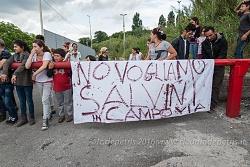 Matteo Salvini contestato dal campo rom di Via Candoni, 2016/05/18