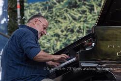 Il jazz italiano per Amatrice, 4/9/2016 Luigi Bonafede piano solo