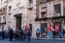 Presidio lavoratori delle costruzioni e società Almaviva, 27/10/2016