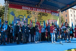 Roma: CGIL-CISL-UIL 'Contratto subito', 31/3/2017