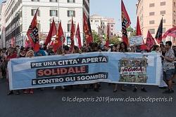 Roma: Manifestazione per una città aperta