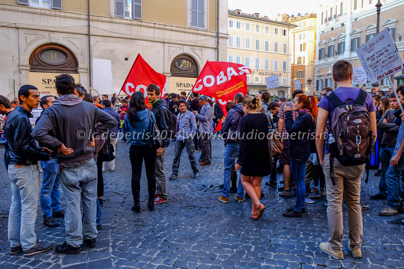 sit in cobas a montecitorio contro il jobs act 22/10/2014