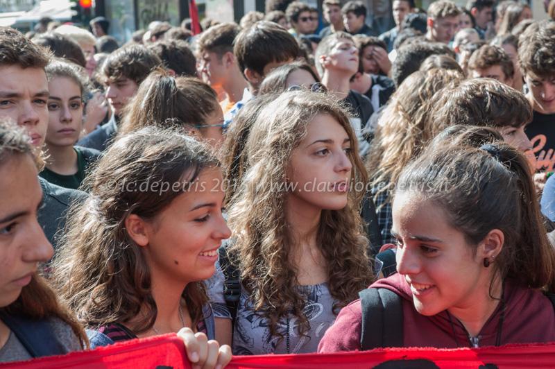 Manifestazione studenti medi 2/10/2015