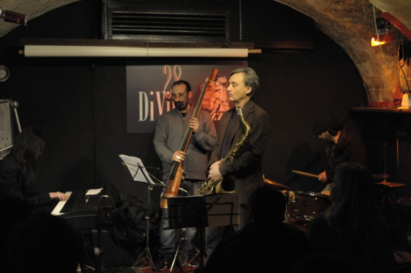 elisabetta serio quartet, 28DiVino 18/2/2012 - elisabetta serio piano, giulio martino sax, iacomo pedicini contrabbasso, leonardo di lorenzo batteria