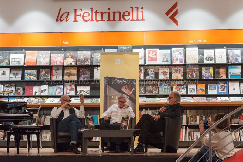Danilo Rea (S) Marco Videtta e Marco Molendini (D)