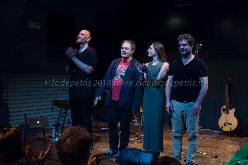 Giovanni Lo Cascio (D), Anita Vitale, Mario Crispi e Mario Rivera (S)