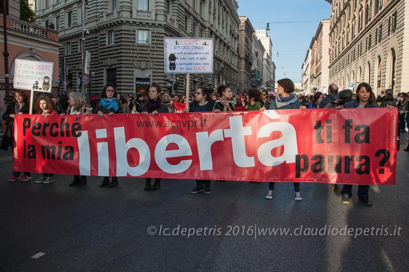 Roma 26/11/2016, dimostrazione contro la violenza sulle donne